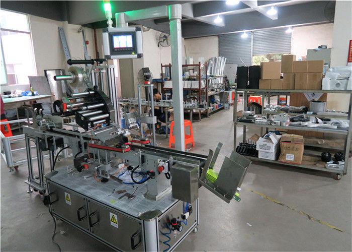Аппликатор этикеток с плоской поверхностью для автоматической верхней этикетировочной машины